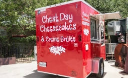 Cheat-Day-Cheesecakes-Truck-19